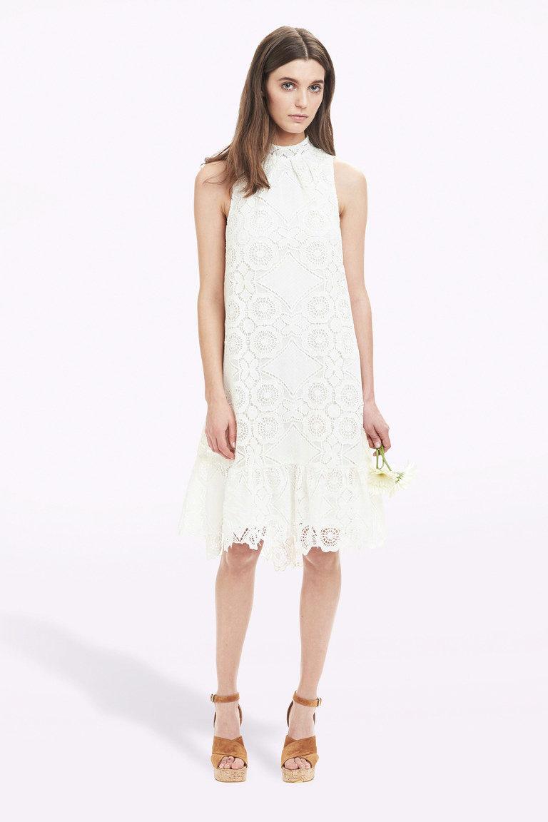 платья с гипюром длинные фото и цены