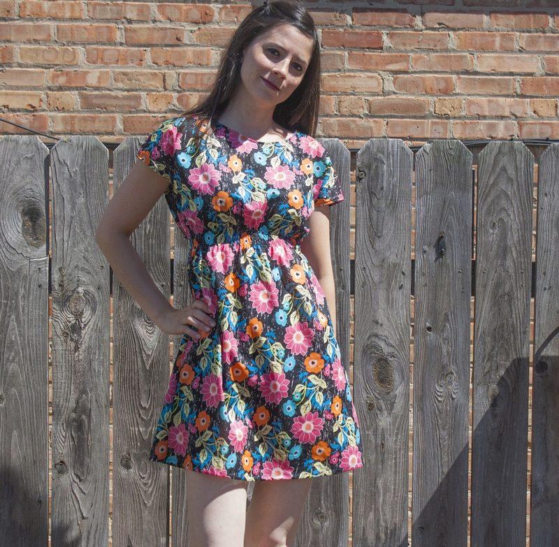 Платье из штапеля короткое