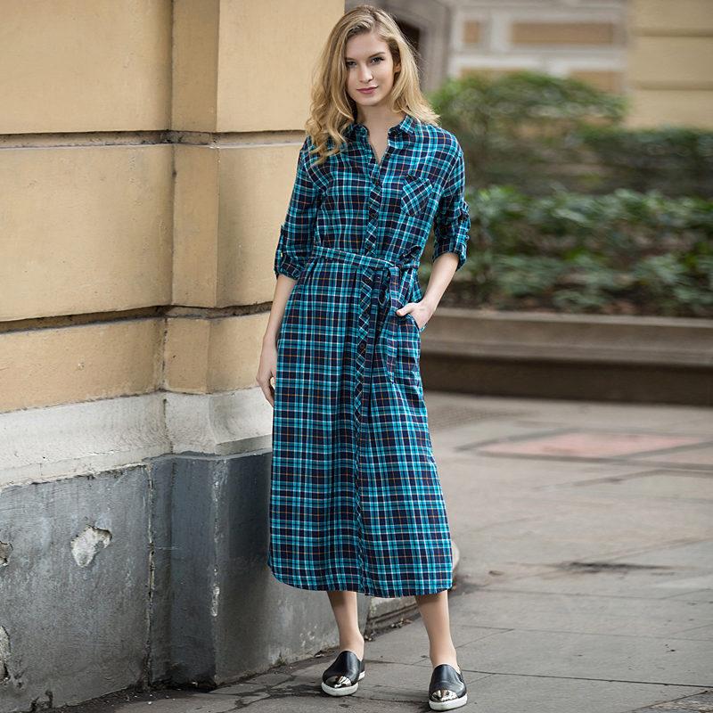 С чем носить платье в клетку синее