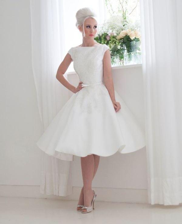 Платье в стиле 50-х на выпускной