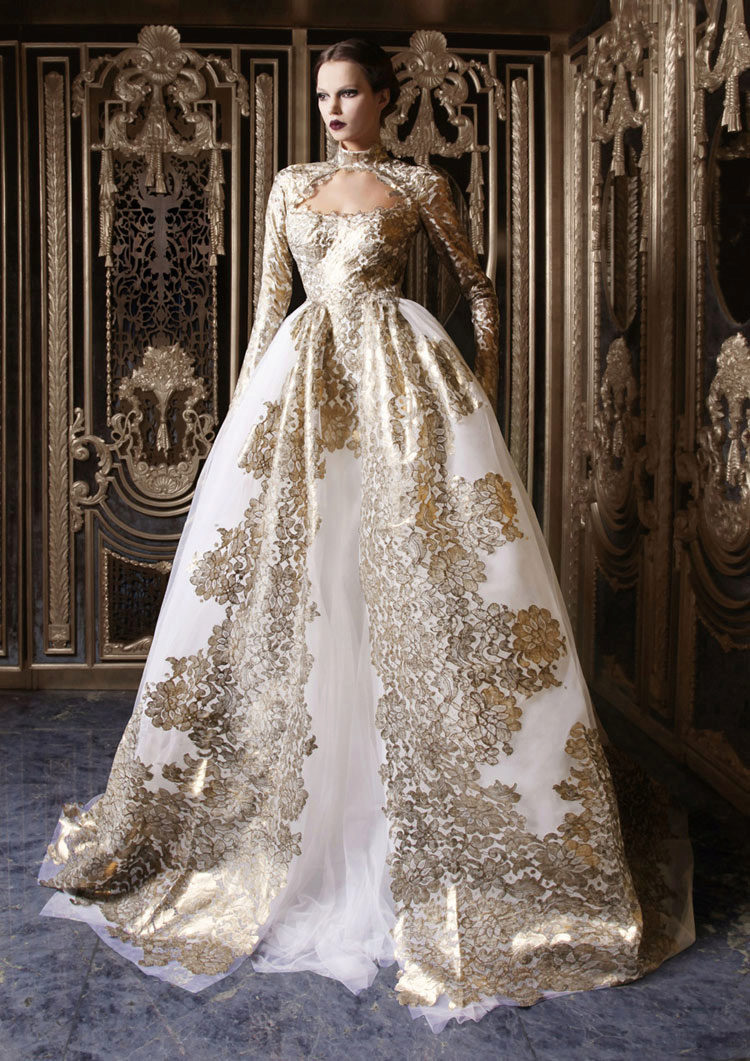 Платье на баске