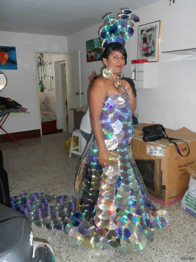 Платье с дисков своими руками
