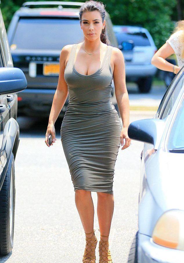 b99c6fa9606 Трикотажное платье-майка длины миди