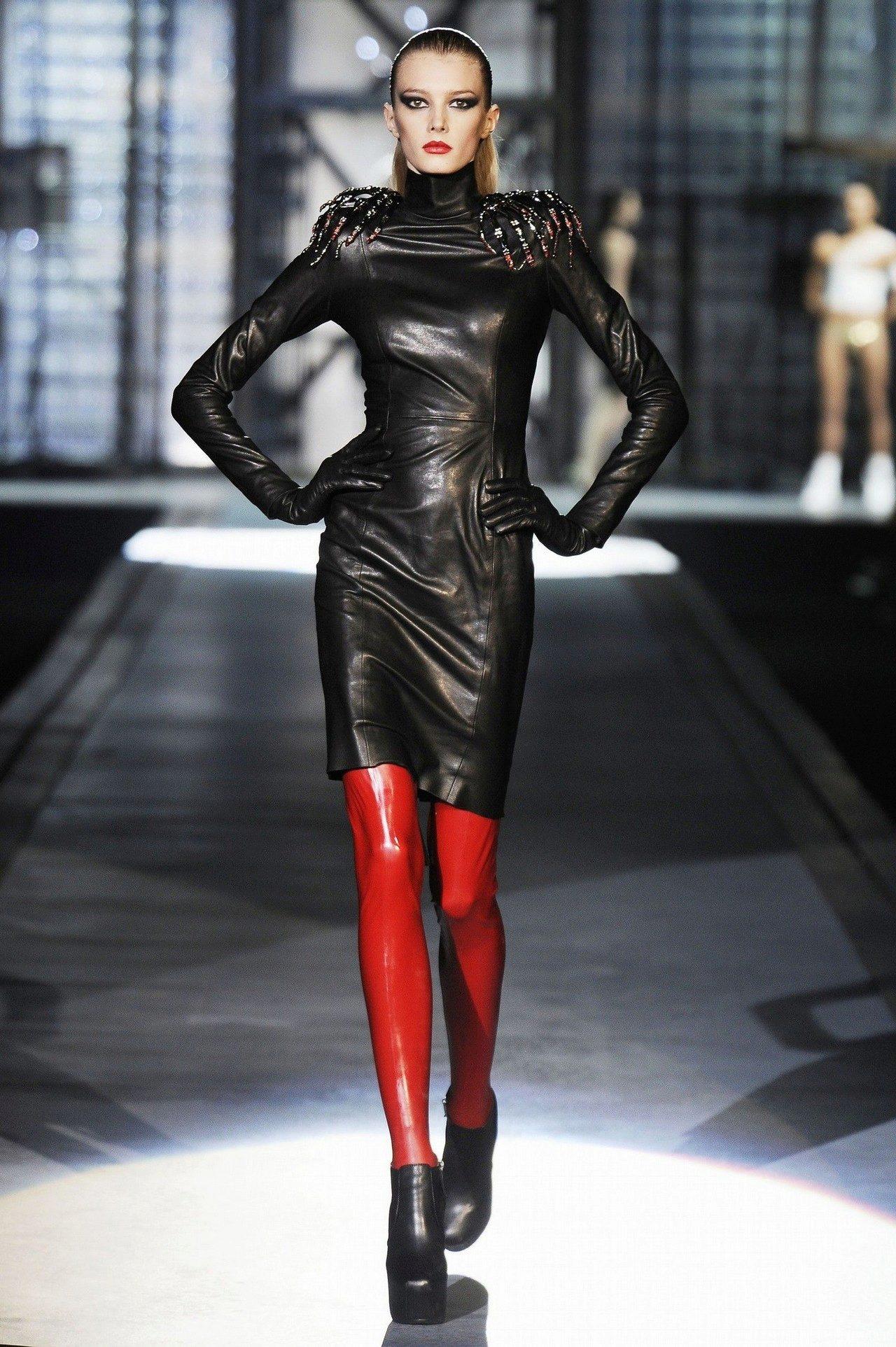 Фото женщин в кожаной одежды 23 фотография