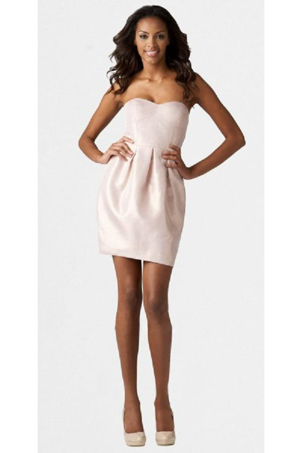 Вечерние прямые короткие платья