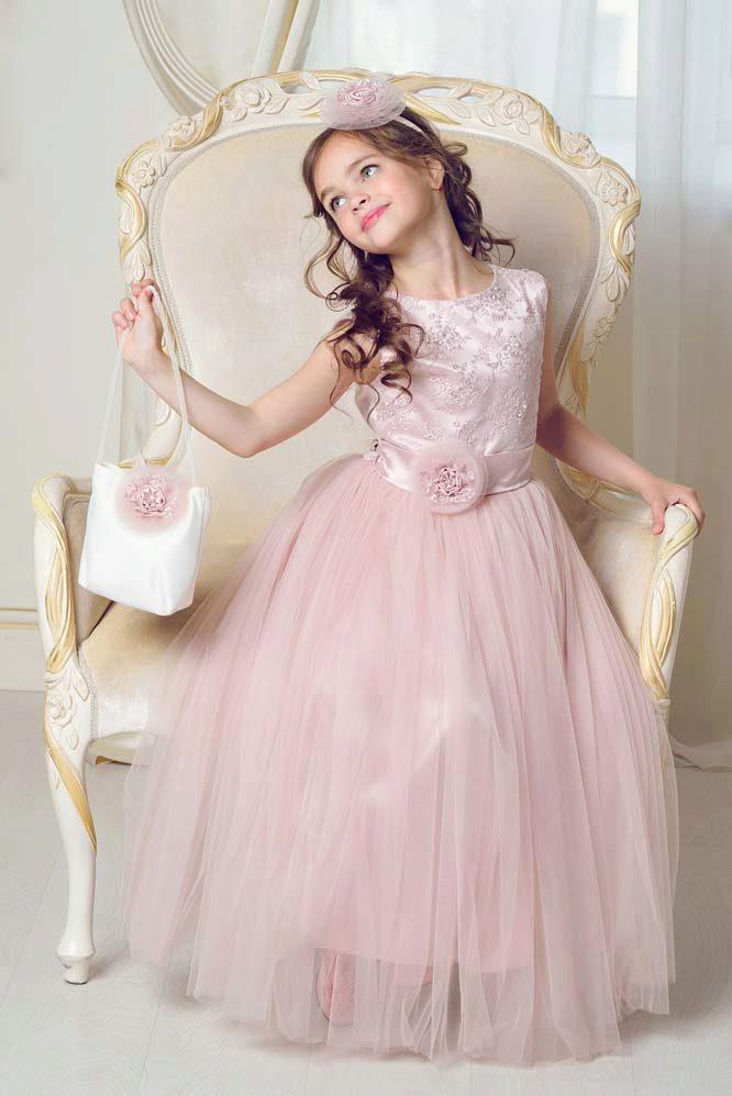 Шьем (или просто выбираем фасон) модного платья