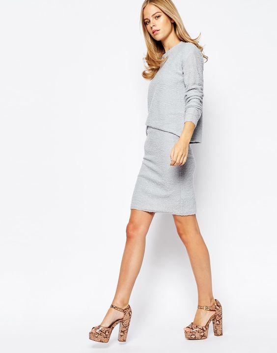 Как выбрать трикотажную юбку