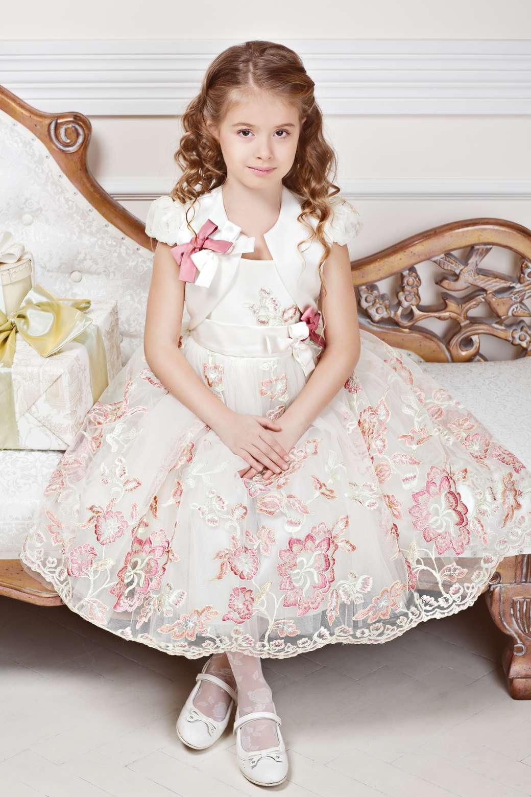 aa948467f1a Выпускные платья для девочек в детском саду (59 фото)  платья на ...