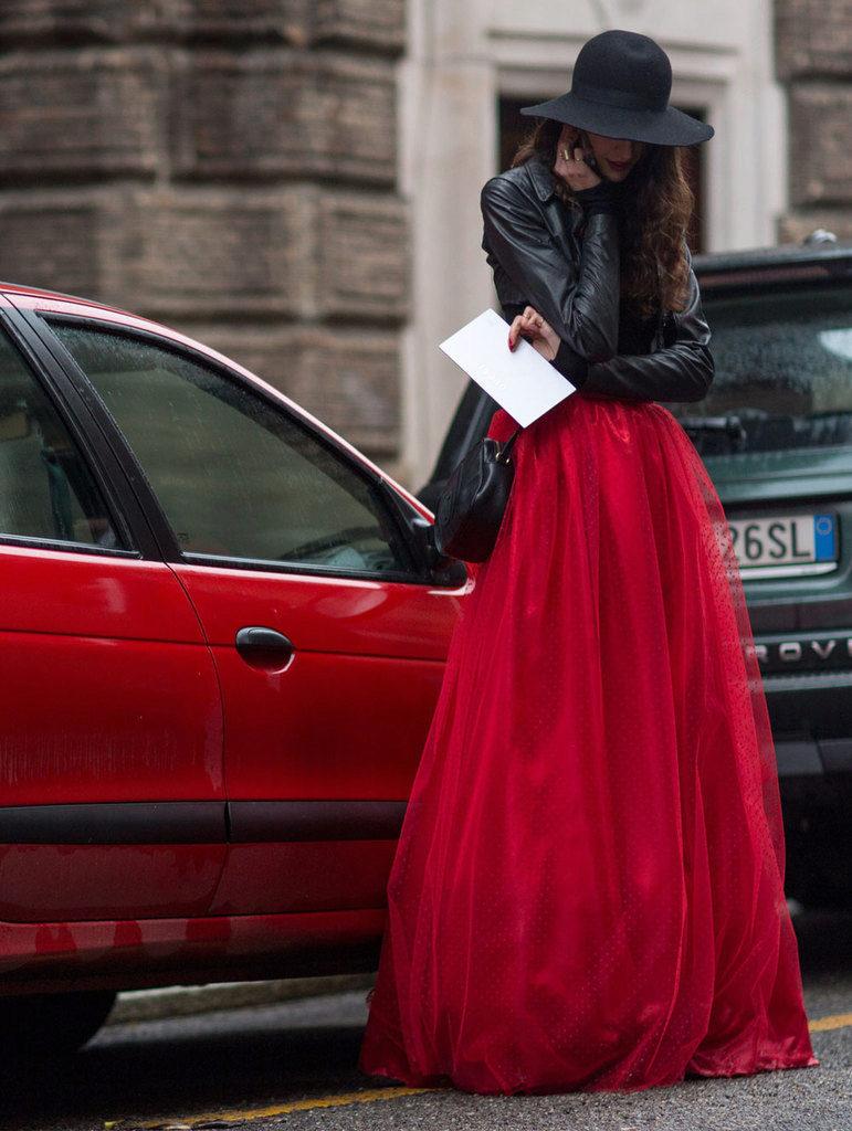 Трикотажная юбка на резинке с чем носить