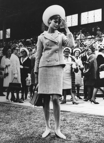 История прямой юбки