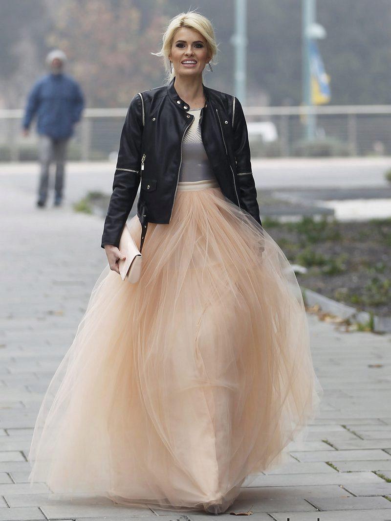 6fe5c672476 Многослойная многоярусная юбка (52 фото)  с чем носить