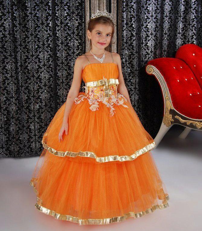 Новогоднее платье для девочки оранжевое