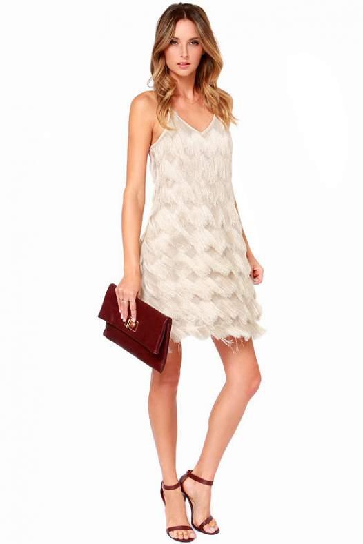 Платье короткое с бахромой