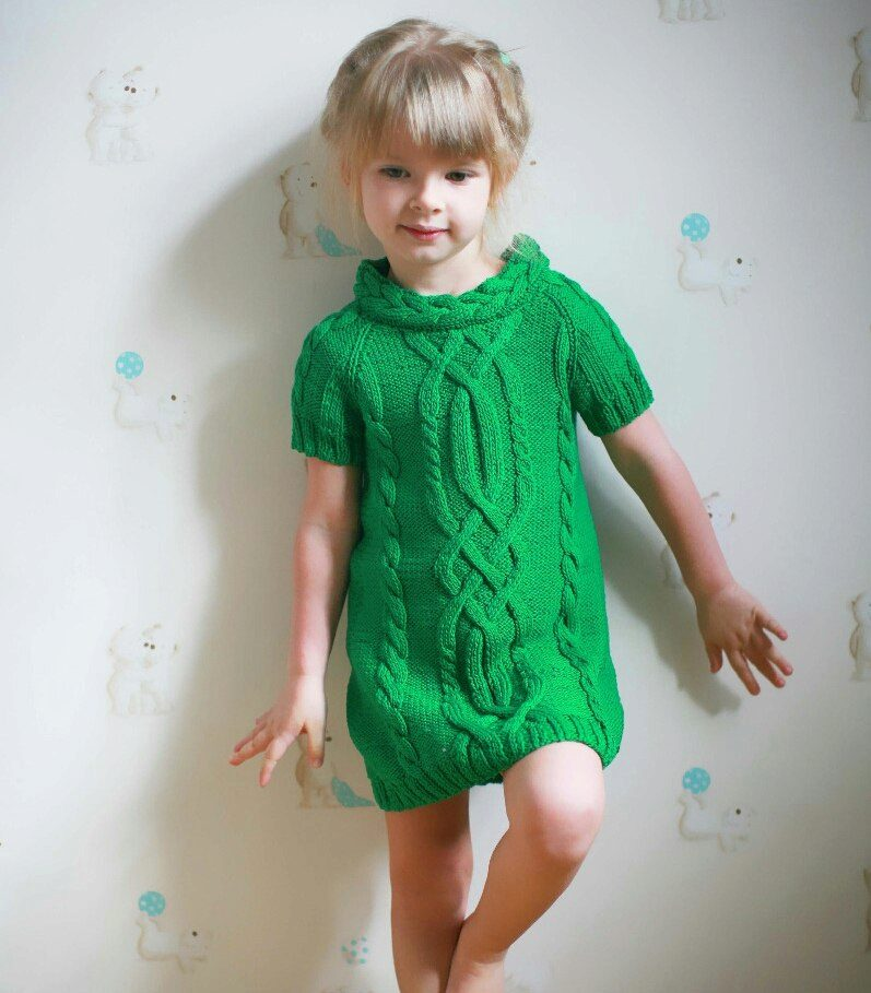 Зимние платья для девочек спицами