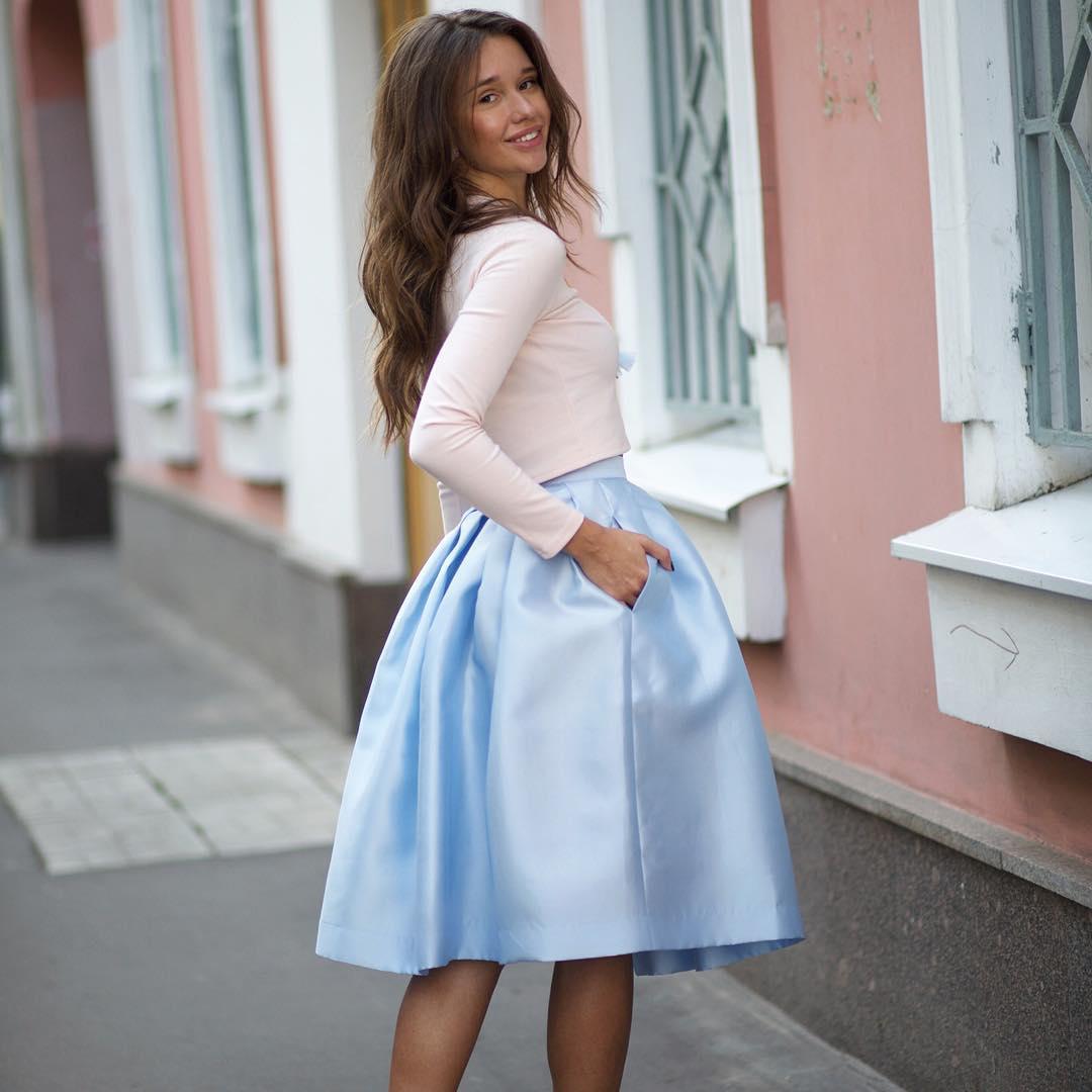 a647d7051fd Пышная юбка миди (58 фото)  с чем носить
