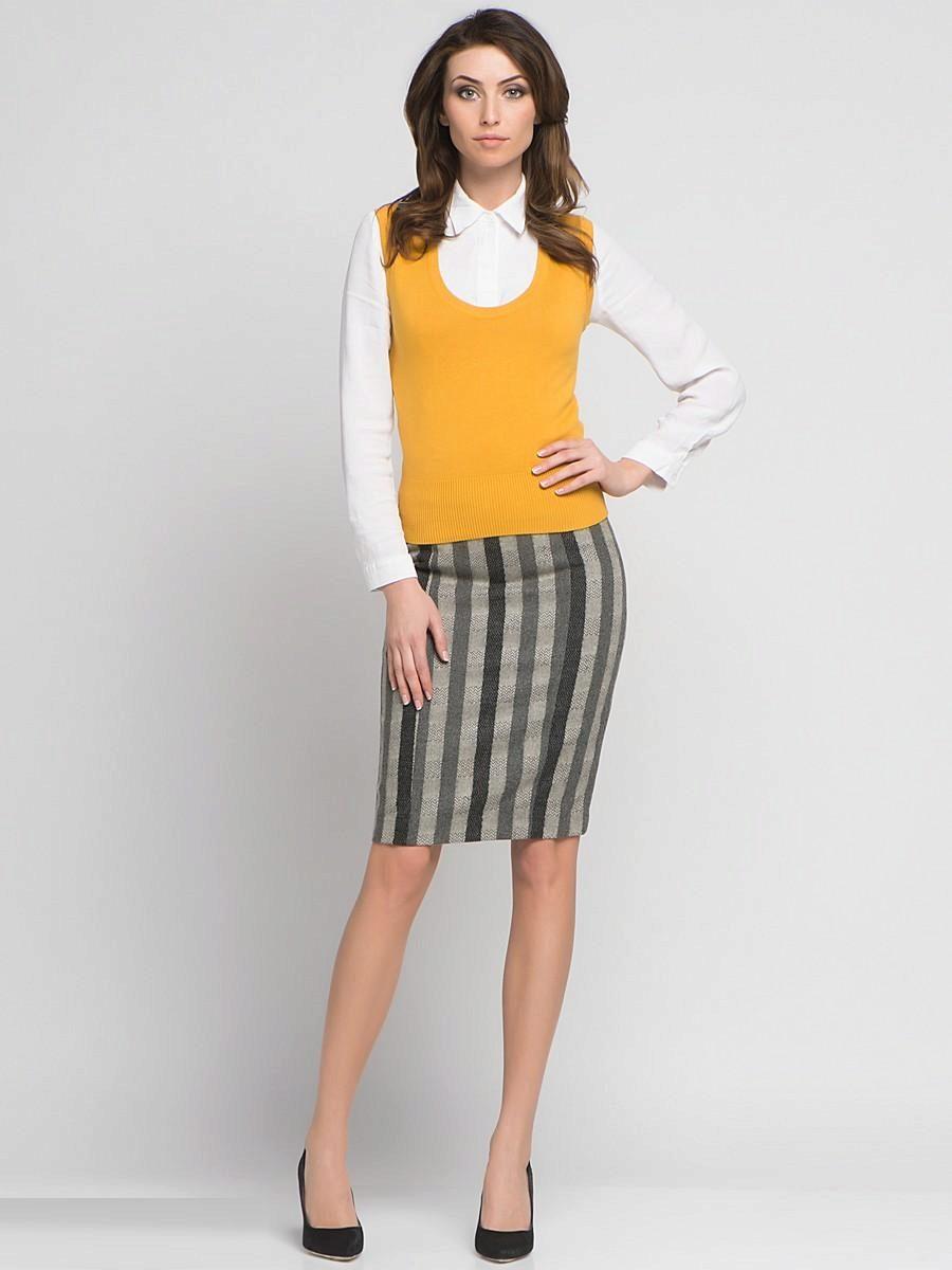 короткая прямая юбка в вертикальную полоску