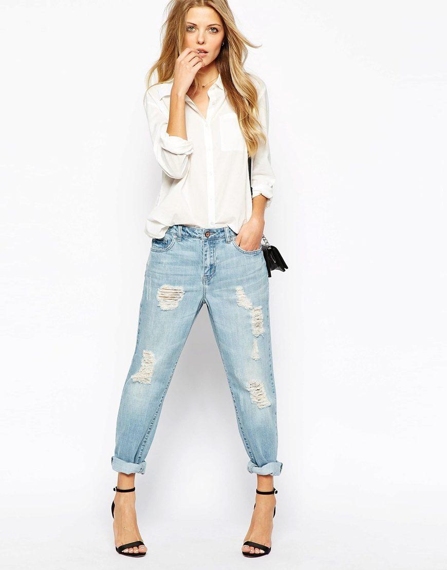 С чем лучше носить джинсы бойфренды