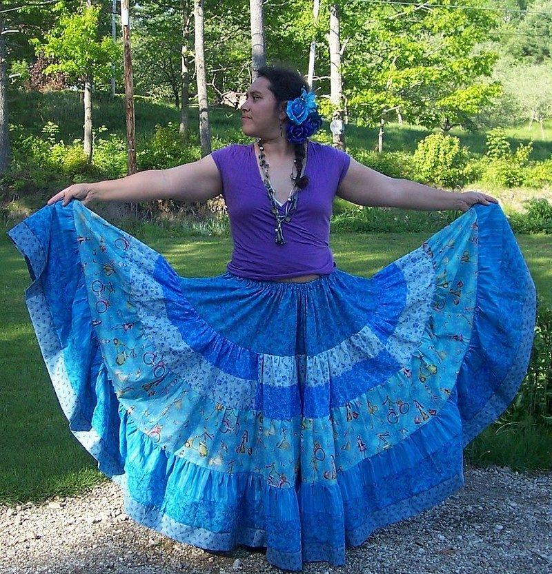 Какая ткань для цыганской юбки