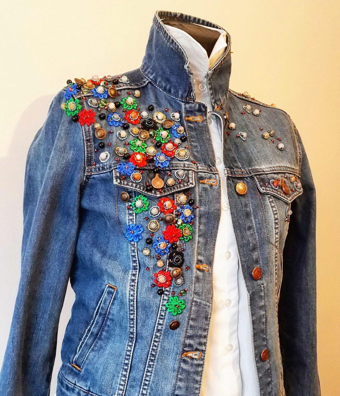 Декор куртки своими руками