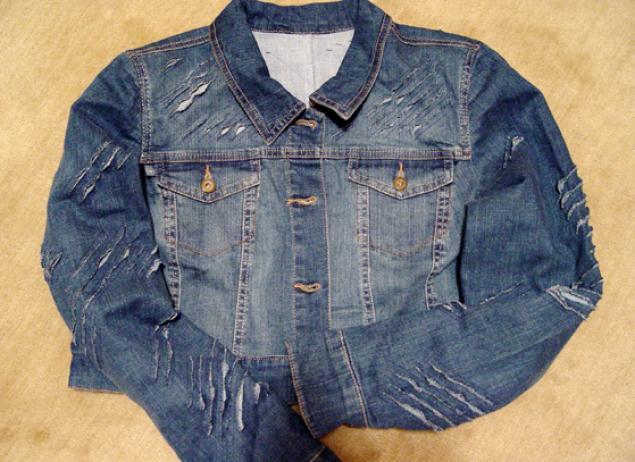 Как сделать джинсовую куртку рваной