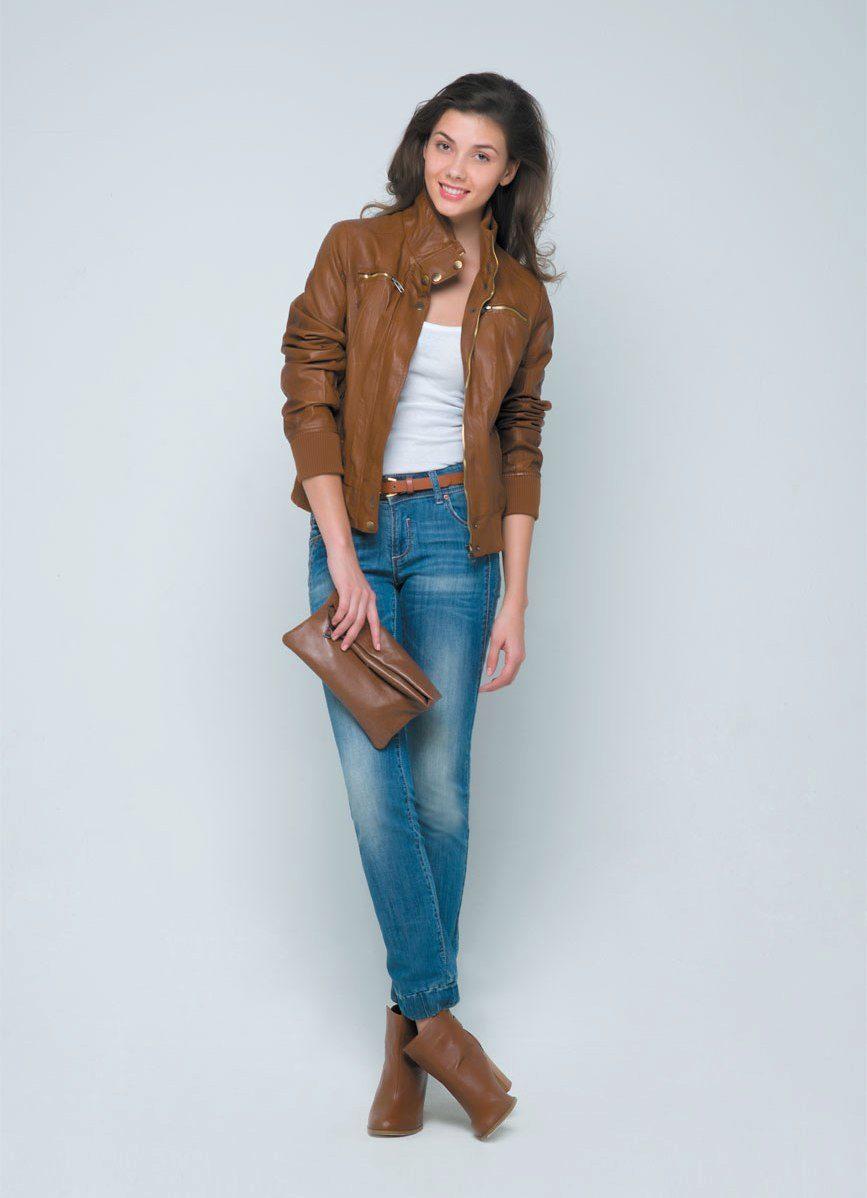 b668f07e0a3 Коричневая кожаная куртка (49 фото)  с чем носить женские куртки из ...