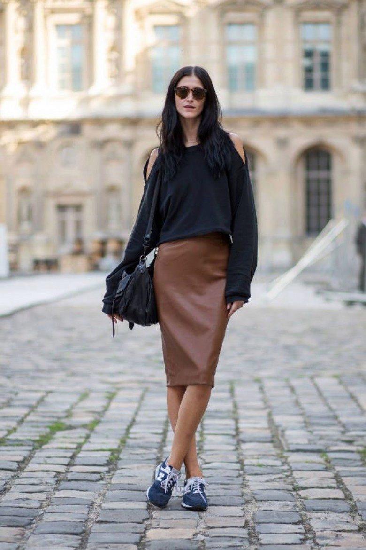 Трикотажную юбку карандаш с кедами