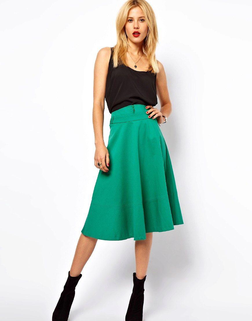С чем одеть зеленую юбку клеш