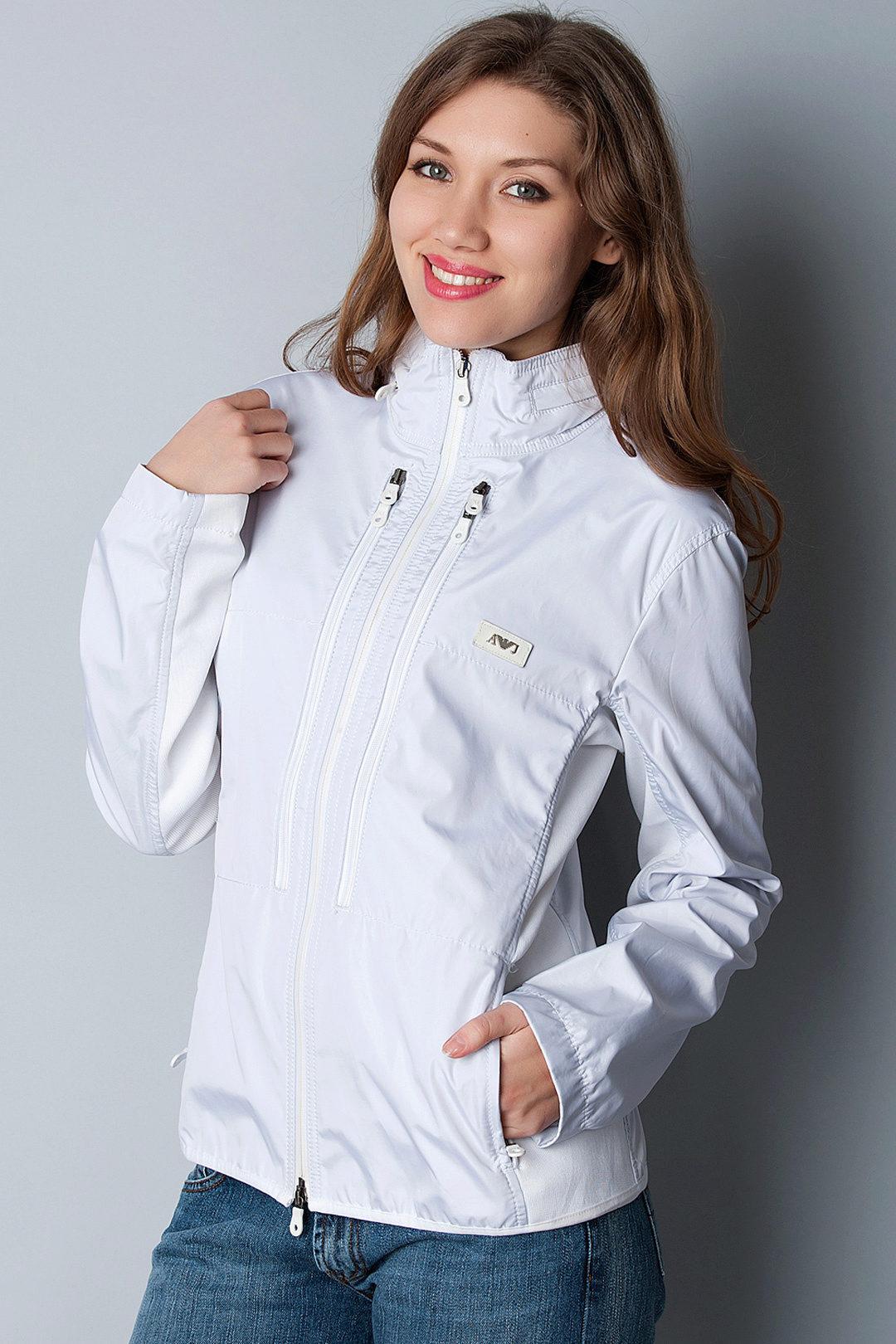 8374033e Однако сегодняшние модные тенденции говорят о том, что красивая, стильная  ветровка должна быть в гардеробе каждой современной женщины.