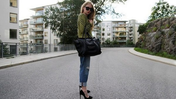 Как правильно подвернуть джинсы под кроссовки