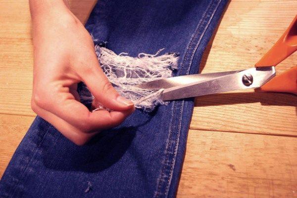 Как красиво порезать джинсы в домашних условиях: как правило порвать и сделать разрезы