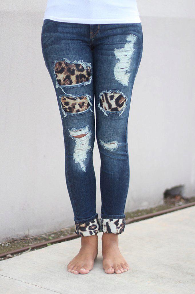 Как красиво сделать заплатку на джинсах между ног, на коленке, попе