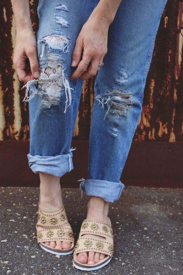 Смотреть Как растянуть джинсы видео
