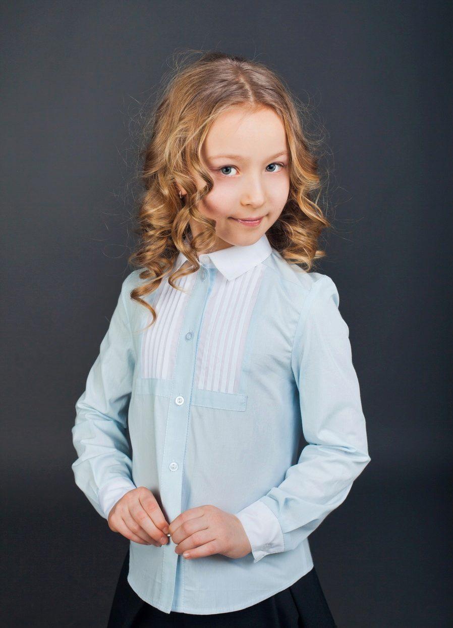 97295ec4613 Блузка с галстуком или бантом. Занимает промежуточный вариант между  блузками