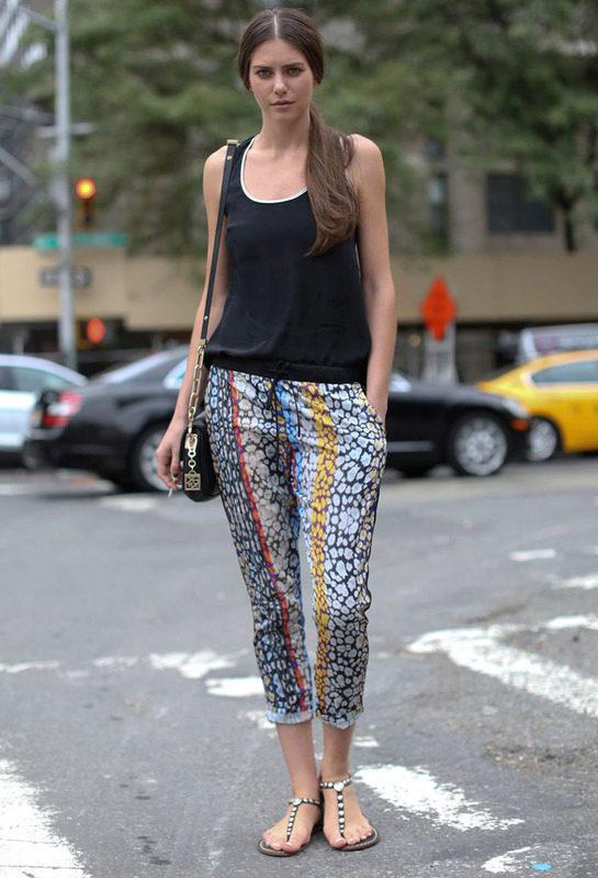 Короткие брюки женские