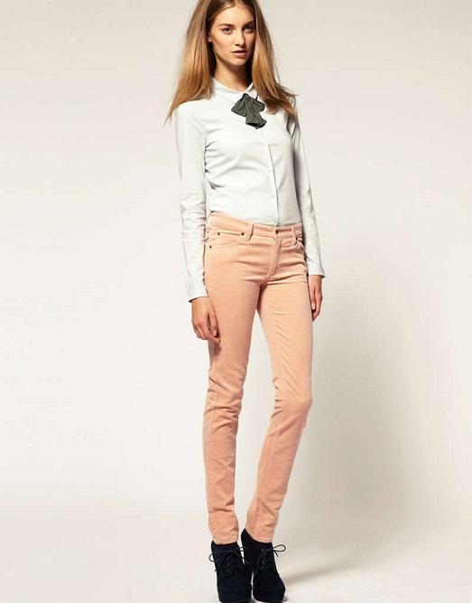 2792b88d434b Светлые брюки (39 фото): с чем носить, женские образы