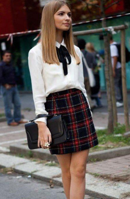 Блузку заправлять или нет в брюки и юбку
