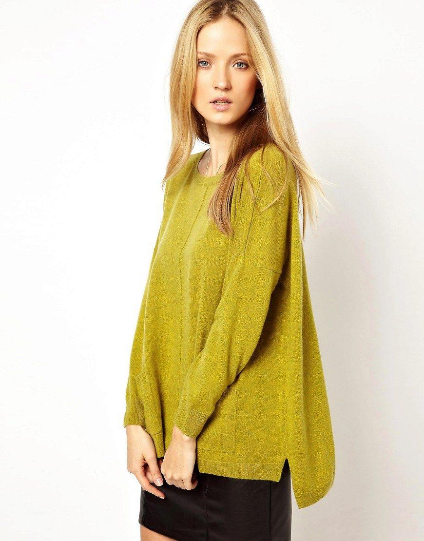 Женский свитер классический