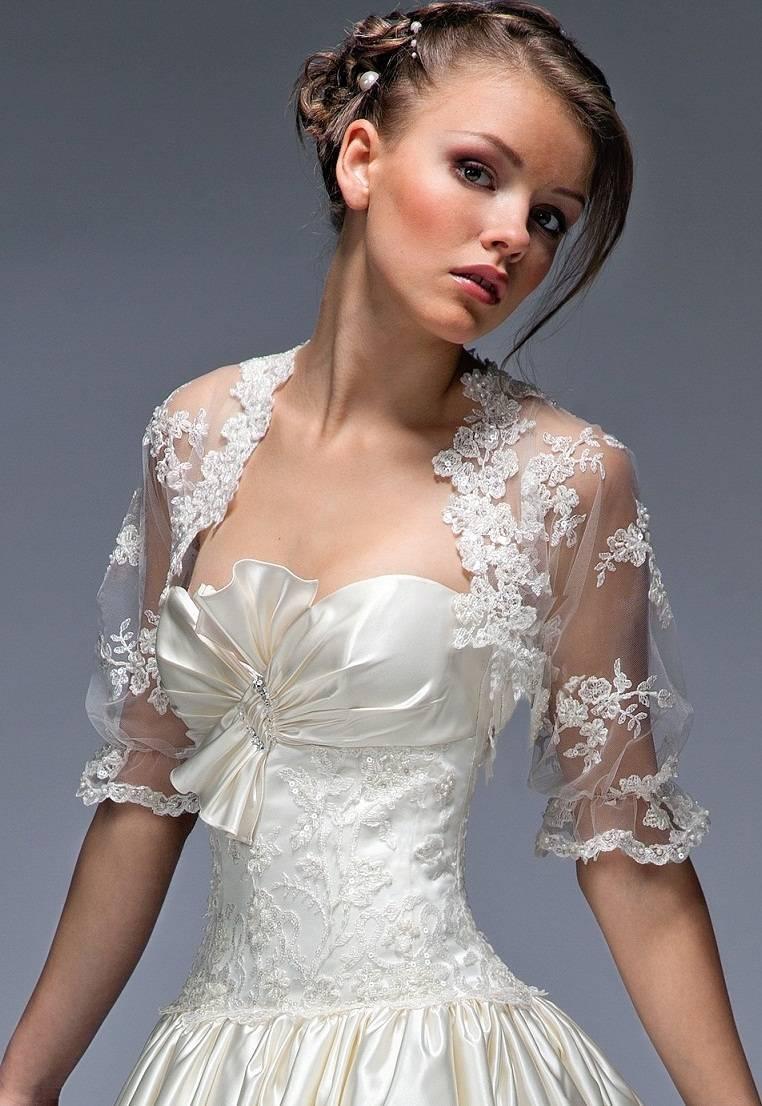 Вышивка пайетками на платье фото