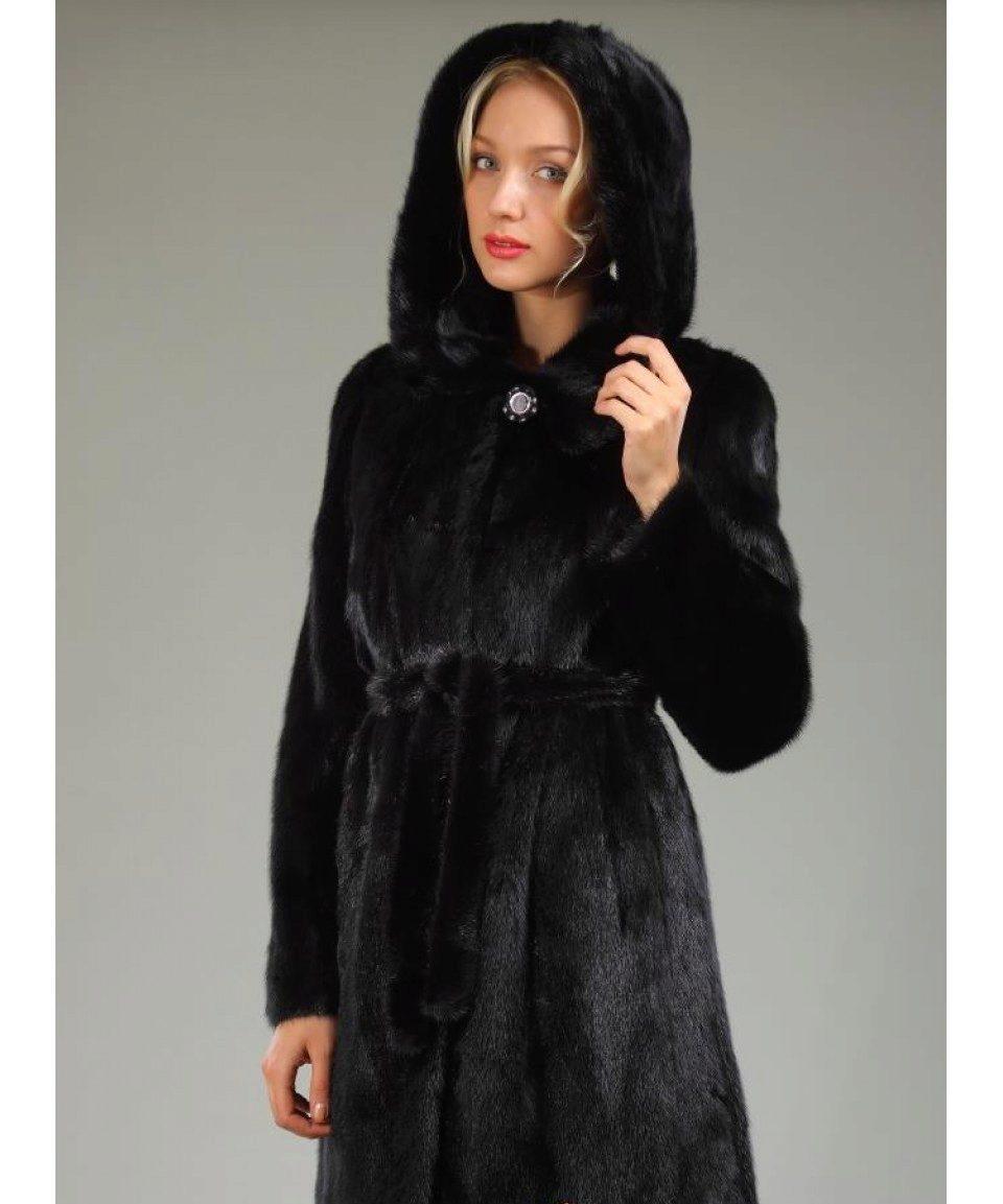 КоллекцииОригинальные женские пальто от Gucci картинки
