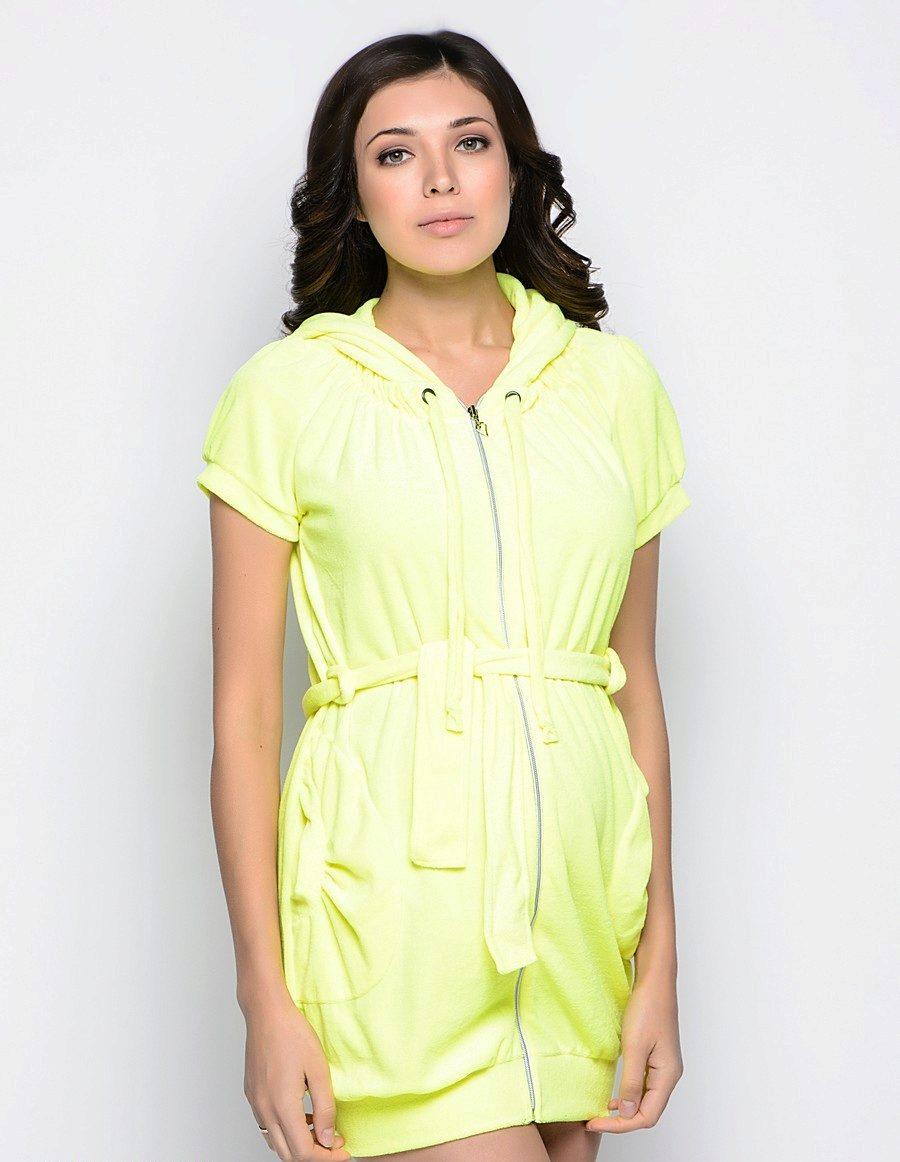 7b1f95d741f6 В специализированных салонах для будущих мам халат на молнии обычно идет в  комплекте со специальной сорочкой. Сорочка также обязательный в роддоме  предмет ...