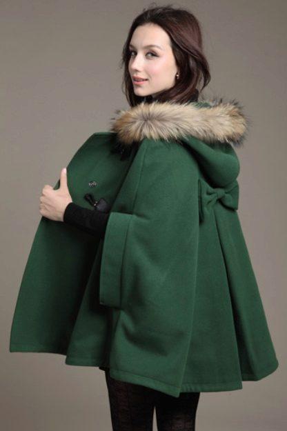 С чем носить зеленое пальто (122 фото): темно-зеленое, какой шарф подойдет, сумка, аксессуары, пальто с английским воротником