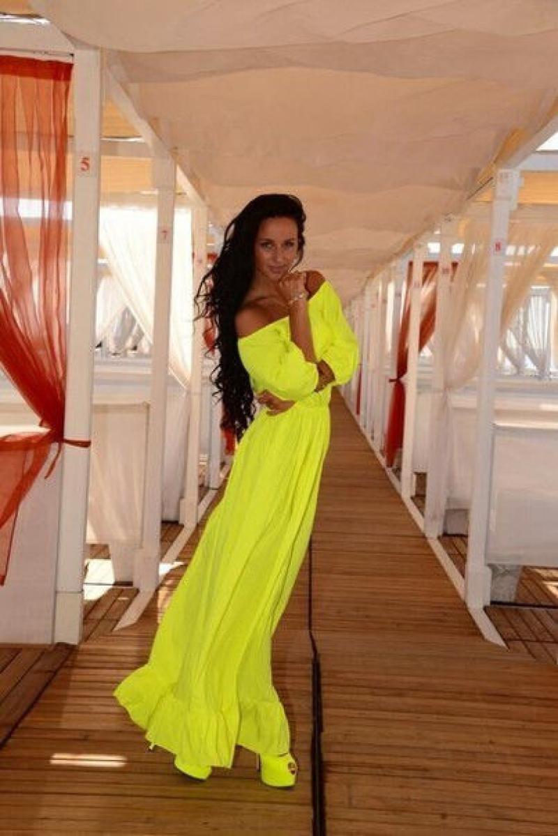 длинные платья с гипюром для полных