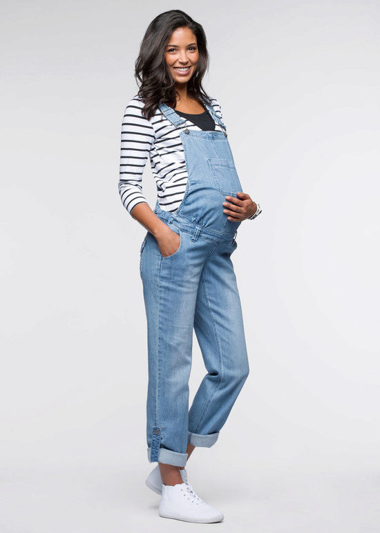 Фотосессия беременная в комбинезоне