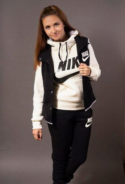Утепленный Спортивный Костюм Женский Nike Доставка