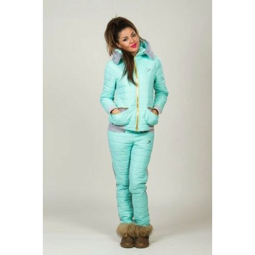 906f76bb754 Женский зимний костюм (72 фото)  теплый для прогулок с детьми