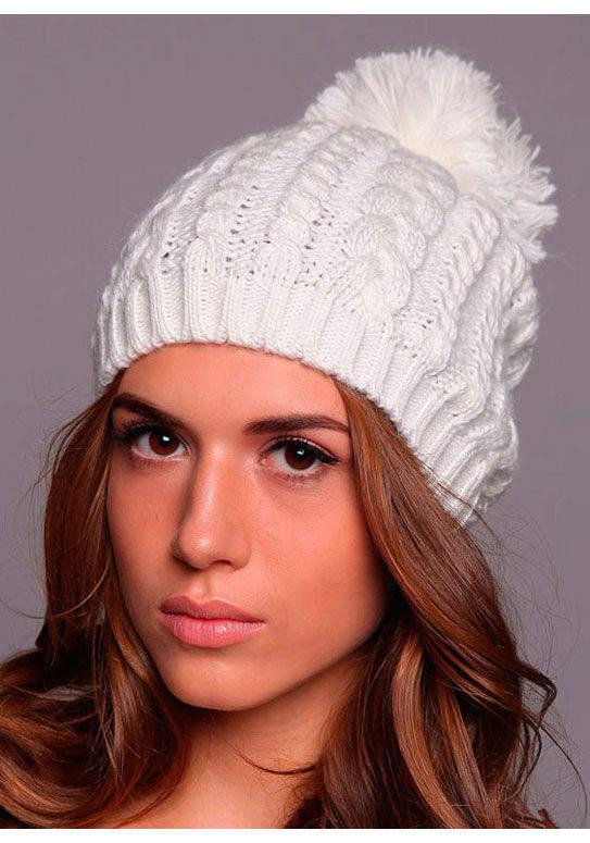 Вязание шапок для женщин с косами 572