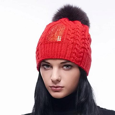 Вязание шапки спицами для молодежи 59