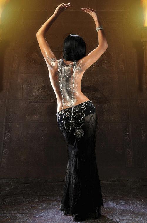 Фото восточных девушек в черном платье — pic 13