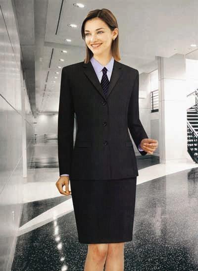 женщины в деловых костюмах фото порно № 313191 бесплатно
