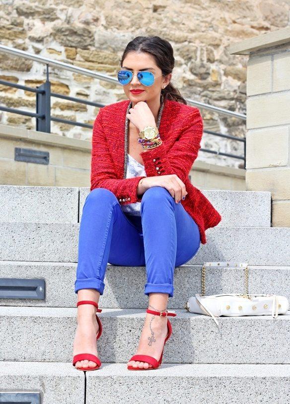 bf6ffdd9d6d0 Цвет страсти в сочетании с открытым фасоном делает эту обувь самой  соблазнительной и притягательной. Какую модель выбрать и с чем наиболее  удачно сочетать ...